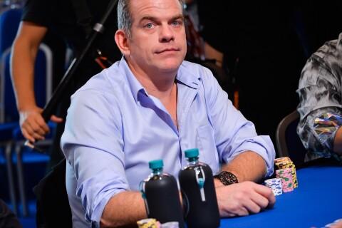 Garou : Concentration extrême pour une mise d'un million d'euros au poker