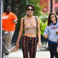 Exclusif - Kendall Jenner se balade dans les rues de New York. Kendall Jenner fêtera ses 21 ans en Novembre et tous les clubs de Las Vegas se l'arrachent! Le 27 septembre 2016