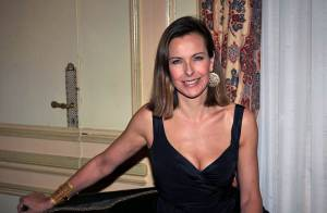 PHOTOS : Carole Bouquet, sans son fiancé, passe la soirée au bras du chevalier servant... Francis Huster !