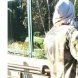 Djibril Cissé partage un tendre moment avec son fils Gabriel au zoo.