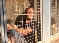 Rémi Gaillard comme un chien en cage pendant 4 jours : Il récolte une fortune