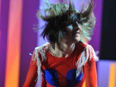 PHOTOS : Quand la délirante Yelle part en live...