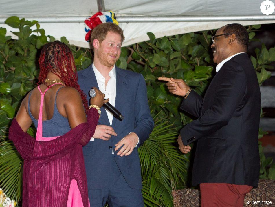 Le prince Harry lors d'une réception organisée par le premier ministre à Antigua, à l'occasion de son voyage officiel de 15 jours dans les Caraïbes. Le 21 novembre 2016  21 November 2016. Prince Harry attends an official function with the Prime Minister of Antigua, Gaston Browne, during his tour of the Caribbean21/11/2016 -