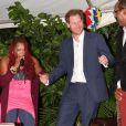 Le prince Harry lors d'une réception organisée par le premier ministre à Antigua, à l'occasion de son voyage officiel de 15 jours dans les Caraïbes. Le 21 novembre 2016  On november 21st 2016. Prince Harry dances with Claudette Peters at a reception held by The Prime Minister of Antigua, on the second day of his tour of the Caribbean.21/11/2016 - Antigua