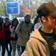 Exclusif - Justin Bieber rencontre des fans avant son concert à Zagreb, le 11 novembre 2016.
