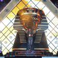 Rihanna en concert au Wireless Fesitval à Londres. La pyramide la scène, un design dicté par les Illuminati ? Juillet 2012.