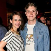 Emma Roberts et Evan Peters : Surprise, ils sont de nouveau fiancés !