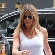 Jennifer Aniston dans la rue à New York, le 23 juin 2016.