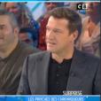 """Capucine Anav craque pour Julien Castaldi dans """"TPMP"""" le 5 décembre 2016 sur C8."""