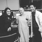 Shannen Doherty, émue, présente ceux qui l'aident à éliminer son cancer