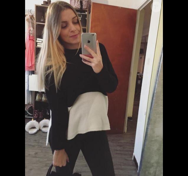 """Alexia Mori de """"Secret Story"""" pose sur Instagram, décembre 2016"""
