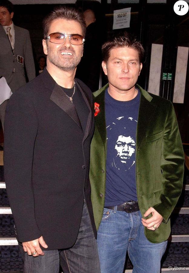 George Michael et Kenneth Goss à Londres, le 5 décembre 2005.