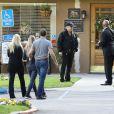 """""""Des membres de la famille de Debbie Reynolds, dont son fils Todd Fisher, se rendant au Memorial Park de Los Angeles pour préparer les funérailles - 29 décembre 2016"""""""