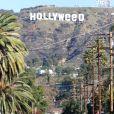 """L'iconique panneau Hollywood est devenu """"Hollyweed"""", Los Angeles, le 1er janvier 2017."""