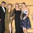 Todd Fisher, Debbie Reynolds, Carrie Fisher et Billie Lourd aux SAG Awards 2015.