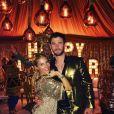 Elsa Pataky célèbre le Nouvel An avec son chéri Chris Hemsworth et la chanteuse Miley Cyrus, qui est en couple avec Liam Hemsworth. Photo publiée sur Instagram le 1er janvier 2017