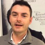 Giacomo Loprieno : En Italie, ce musicien a été viré pour sa haine du Père Noël