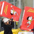 """Joyce Jonathan et Vianney - Lancement de l'opération Pièces Jaunes 2017 À l'Hôpital Necker-Enfants malades AP-HP à Paris le 4 janvier 2017. Cette année, le personnage de bande dessinée """"Le Petit Nicolas"""" est le parrain de l'opération."""