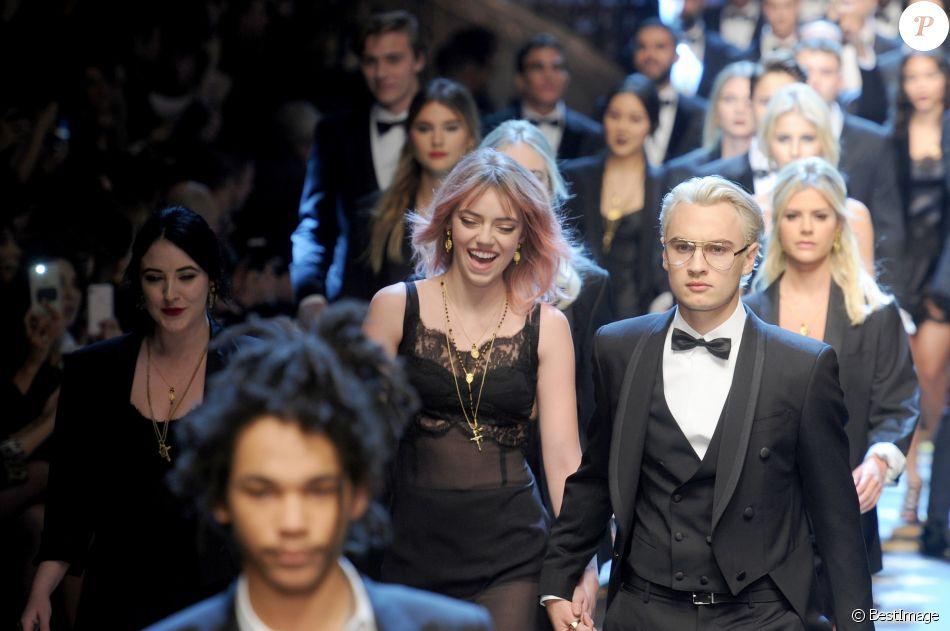 Pyper America Smith, Brandon Lee et les mannequins du défilé Dolce   Gabbana  à la Fashion Week de Milan. Le 14 janvier 2017. bd6f6d7ebba4