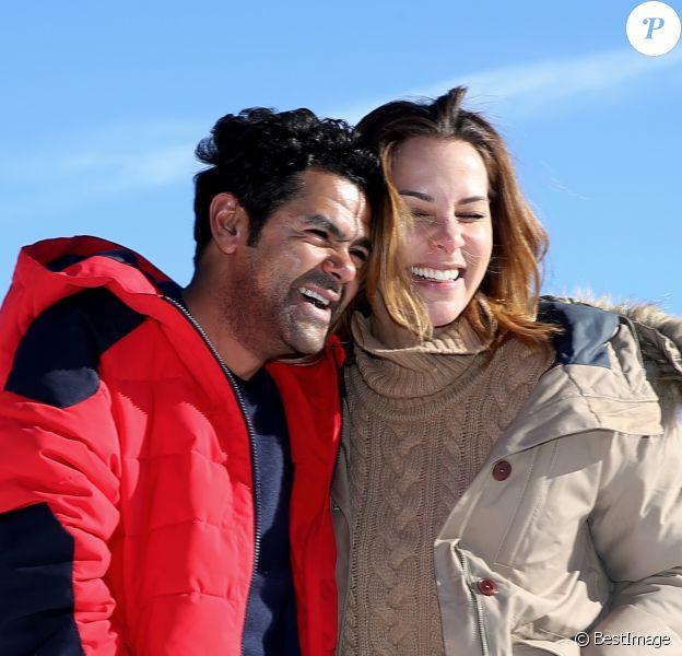 Jamel Debbouze et sa femme Mélissa Theuriau complices au 20e festival du film de comédie de l'Alpe d'Huez le 20 janvier 2017. © Dominique Jacovides / Bestimage