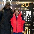 """Omar Sy et Jamel Debbouze - Soirée spéciale """"Jamel Comedy Club"""" dans le cadre du 20e festival de Comédie à l'Alpe d'Huez, le 18 Janvier 2017. © Dominique Jacovides/Bestimage"""