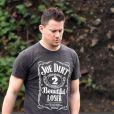 """Exclusif - Channing Tatum et sa femme Jenna Dewan se promènent à Studio City, le 10 janvier 2017. Channing porte un t-shirt """"Joe Dirt"""".  Exclusive - Channing Tatum out with his wife Jenna Dewan Tatum in Studio City, California on January 10, 2017.10/01/2017 - Studio City"""