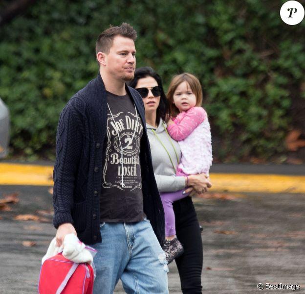 Exclusif - Channing Tatum et sa femme Jenna Dewan se promènent avec leur fille Everly à Los Angeles, le 10 janvier 2017.