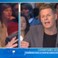"""Clio Pajczer face à Matthieu Delormeau dans """"Touche pas à mon poste"""" sur C8, le 4 janvier 2017."""