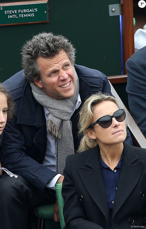 Anne-Sophie Lapix et son mari Arthur Sadoun dans les tribunes de la finale homme des internationaux de France de Roland Garros à Paris le 5 juin 2016. © Moreau-Jacovides / Bestimage