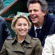 Anne-Sophie Lapix et son mari Arthur Sadoun - People dans les tribunes des internationaux de France de Roland Garros à Paris le 3 juin 2016. © Dominique Jacovides / Bestimage
