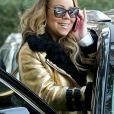 Mariah Carey, accompagnée de son compagnon Bryan Tanaka, emmène ses enfants Moroccan et Monroe Cannon à leur cours de gym à Los Angeles. Elle porte un écusson XXL en forme de chat sur son jean! Le 26 janvier 2017