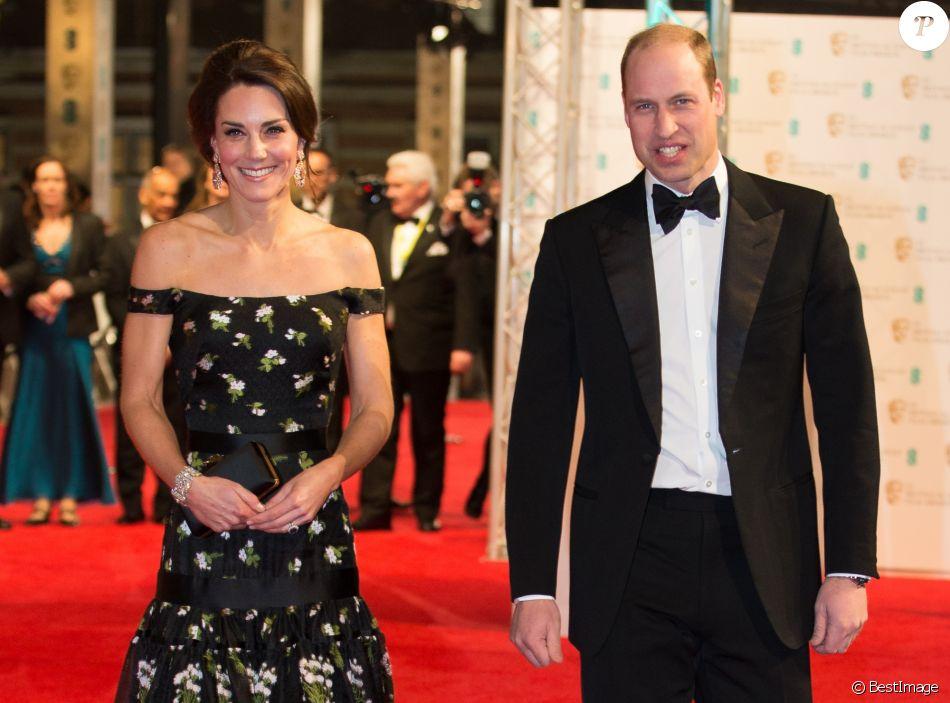 Le prince William et Catherine Kate Middleton, la duchesse de Cambridge arrivent à la cérémonie des British Academy Film Awards (BAFTA) au Royal Albert Hall à Londres, le 12 février 2017.