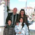 Frank Leboeuf, sa femme Betty et leurs enfants Hugo et Jade à St-Cyr sur mer, le 8 mars 1999