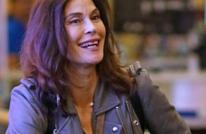 Teri Hatcher : Traits lisses et tirés, son visage transformé par les injections