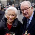 Le roi Albert II et la reine Paola de Belgique arrivant en la cathédrale Saints-Michel-et-Gudule de Bruxelles pour le Te Deum de la Fête du Roi, le 15 novembre 2016