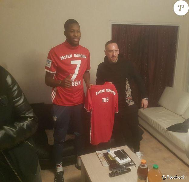 Franck Ribéry a rendu visite à Théo le dimanche 19 février 2017, à son domicile d'Aulnay-sous-Bois.