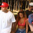 """Chris Brown fait la promotion de son dernier album """"X"""" accompagné de sa petite amie Karrueche Tran à Los Angeles le 16 septembre 2014."""