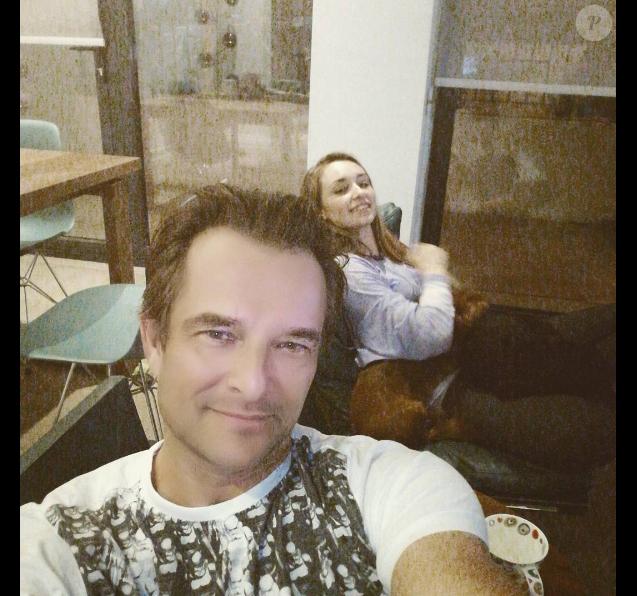 David Hallyday et sa fille Emma posant ensemble sur un cliché publié sur Instagram le 19 février 2017