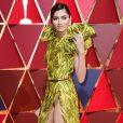 Blanca Blanco en montre un peu trop sur le tapis rouge des Oscars au Dolby Theatre, Los Angeles, le 27 février 2016.