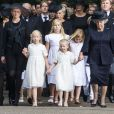 La princesse Mabel d'Orange-Nassau, ses filles la comtesse Luana et la comtesse Zaria et la princesse Beatrix des Pays-Bas menant le cortège lors des funérailles du prince Friso d'Orange-Nassau, le 16 août 2013 à Lage Vuursche.