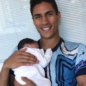 Raphaël Varane papa : Aux anges pour la première photo avec son fils