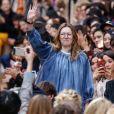 """Clare Waight Keller - Défilé de mode """"Chloé"""", collection prêt-à-porter automne-hiver 2016-2017 à Paris le 3 mars 2016."""