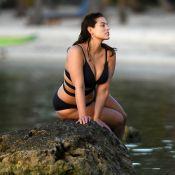 Ashley Graham : Mannequin irrésistible à la plage