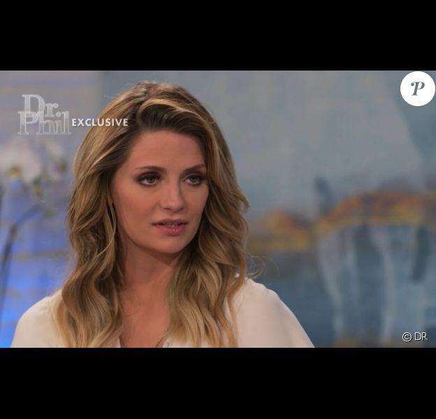 """Mischa Barton, en interview dans """"Dr. Phil"""", parle de la fuite de sa sextape et du """"chantage émotionnel"""" que son ancien amant lui fait subir (mars 2017)."""