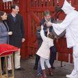 Le prince Joachim et la princesse Marie de Danemark étaient accompagnés de leurs enfants Henrik (7 ans) et Athena (5 ans), qui ont ouvert les portes du parc, pour l'inauguration de la saison 2017 du parc d'attractions Bakken, le 30 mars 2017 à Gentofte au nord de Copenhague.