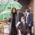 Le prince Joachim et la princesse Marie de Danemark étaient accompagnés de leurs enfants Henrik (7 ans) et Athena (5 ans) pour l'inauguration, sous la pluie, de la saison 2017 du parc d'attractions Bakken, le 30 mars 2017 à Gentofte au nord de Copenhague.