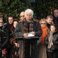 Jean-Jacques Annaud aux obsèques de Claude Berri, au cimetière juif de Bagneux, le 15/01/09