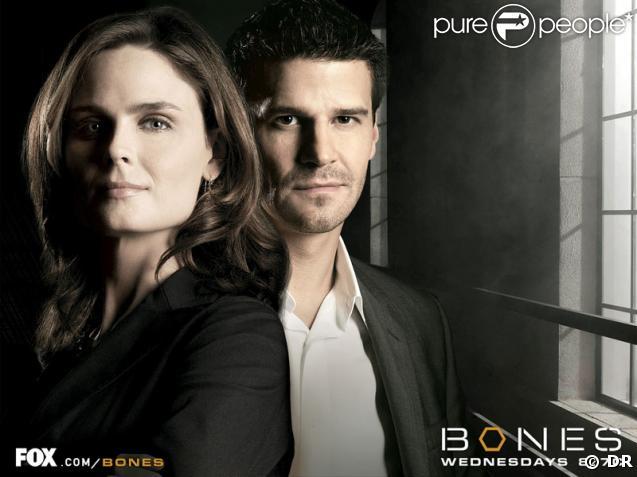 """Affiche de la série """"Bones"""""""