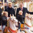 Le prince Albert II de Monaco, son épouse la princesse Charlene et leurs enfants le prince Jacques et la princesse Gabriella pendant l'inauguration du Village de Noël à Monaco le 3 décembre 2016. © Eric Mathon/Palais Princier/Pool restreint Monaco/Bestimage