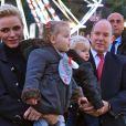 Semi-exclusif - Le prince Albert II de Monaco, son épouse la princesse Charlene et leurs enfants le prince Jacques et la princesse Gabriella pendant l'inauguration du Village de Noël à Monaco le 3 décembre 2016. © Charly Gallo / Gouvernement Princier /Pool restreint Monaco/Bestimage